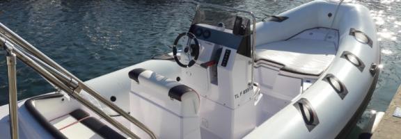 Semi rigidi Selva 600 S Line avec moteur 115 CV 4 Temps - 8 passagers max - Année 2019