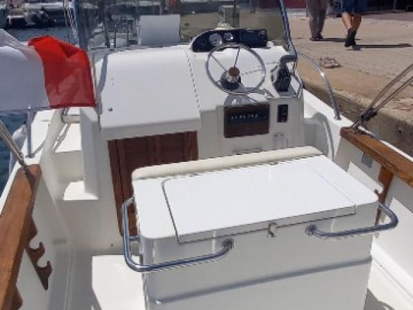 Capelli 20 Wa avec moteur 140 CV
