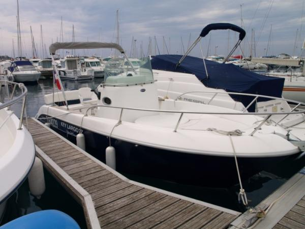 SESSA MARINE KEY LARGO 22 Open avec moteur Evinrude 200 CV E-TEC