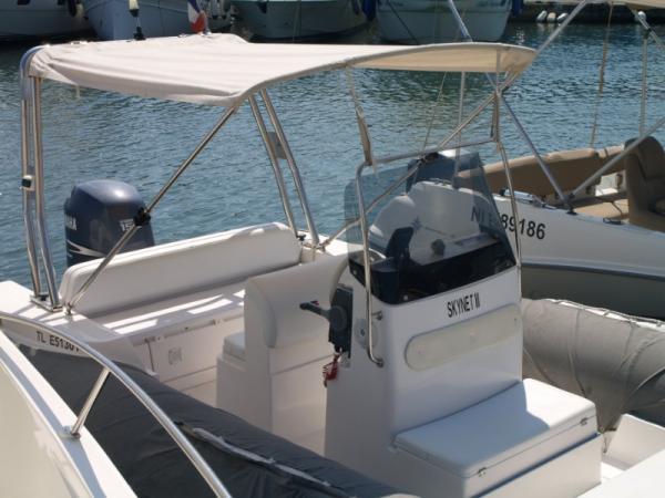 Semi Rigide Selva D.680 avec moteur Yamaha 150 CV - 4 Temps