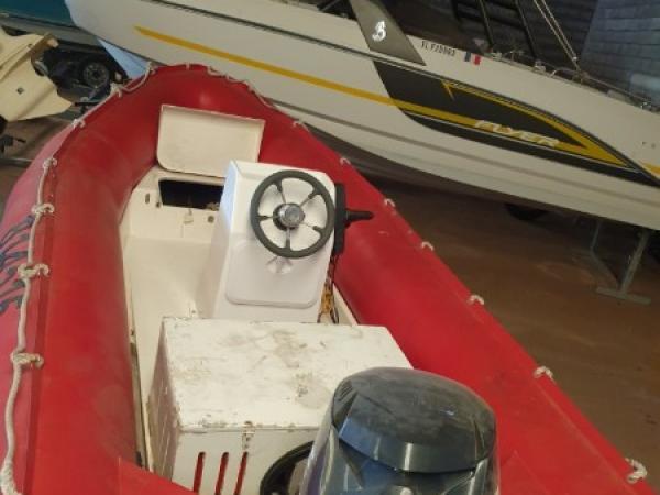 ZODIAC PRO 420 avec moteur 50 CV Evinrude E-TEC - Avec remorque routiere